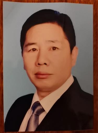 中国现代书画家——钟荣林